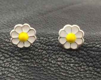 Childrens daisy flower earrings