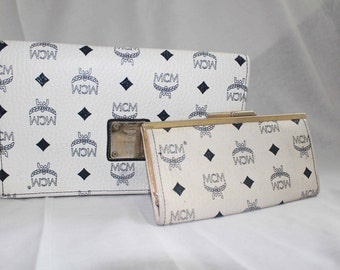 1980S White Blue Boston MCM CLUTCH