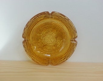 Anchor Hocking Amber glass ashtrays. 60's Retro ashtrays. Vintage glass.