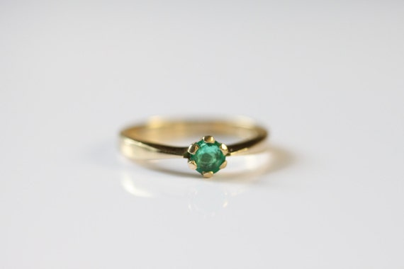 simple emerald ring genuine emerald gemstone engagement by