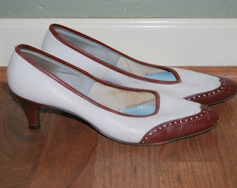 Vintage 60's Saddle Shoe Heels in Brown, Mr. Easton, Saddle Shoe Style, Pumps, White and Brown, Size 7 1/2