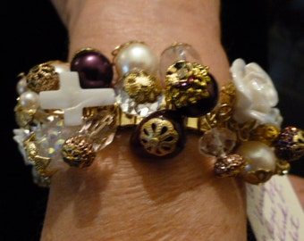 Spandex Bracelet by Tricia #89,Porcelain roses, with Burgandy,White Turq. cross
