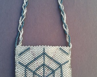 Made in Alaska: Webbed Beaded Bag