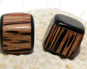 Cubed Wooden Beads 012