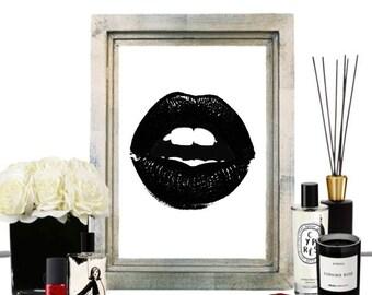 Kiss This Print - Black