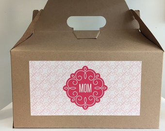 Custom Gift Box for Mom, gift for mom, mothers day gift, personalized gift, mother of the bride, mother of the groom, custom mothers gift