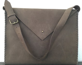 15.000 HUF Hand stitched brown heavy cow leather bag, laptopbag, shoulderbag