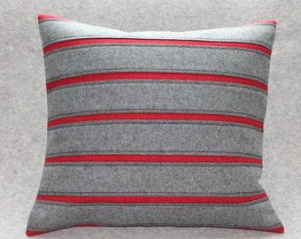 Stripes cushion 40 x 40 cm