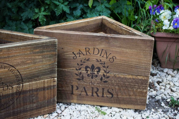 Vintage style corner planter wooden