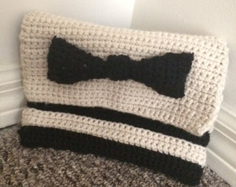 Black and White Clutch with Bow