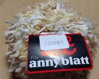 Anny Blatt Nenuphar yarn