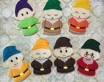 Dwarf Finger Puppets Set