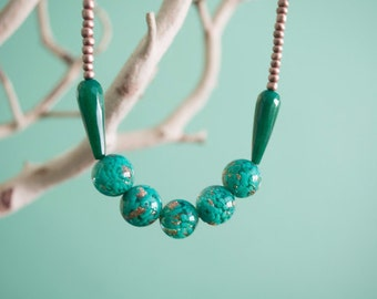 Green and Gold Modern Beaded Necklace - Glass Beads