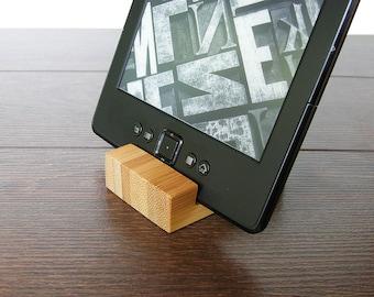 Wood iPhone Stand. Wooden iPhone Stand. iPhone Stand. Wood iPhone Dock Station. Tiny iPhone Stand.
