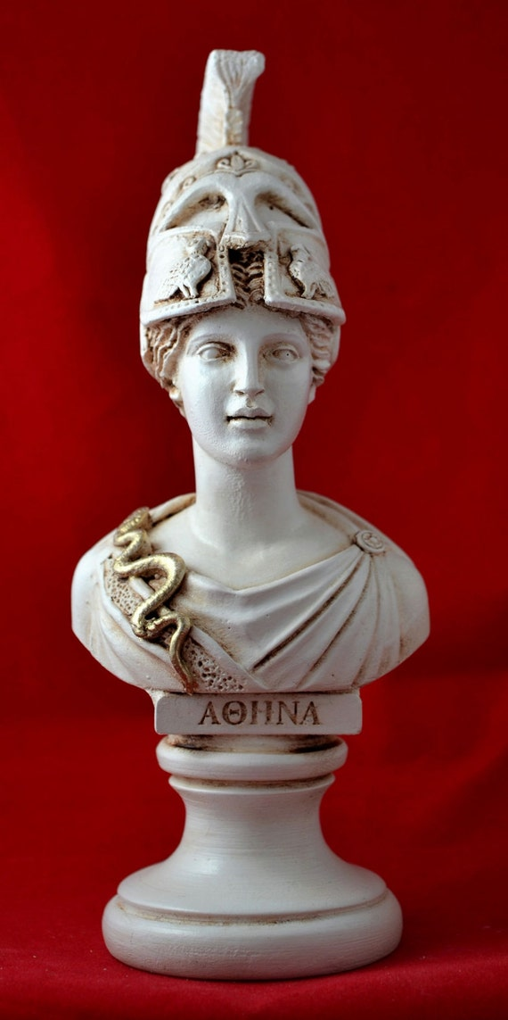 bust of athena The athena parthenos was, then, a gigantic statue which, according to pliny, was around 115 metres tall (26 cubits) and was made of carved ivory for flesh parts and gold (1140 kilos or 44 talents of it) for everything else, all wrapped around a wooden core.