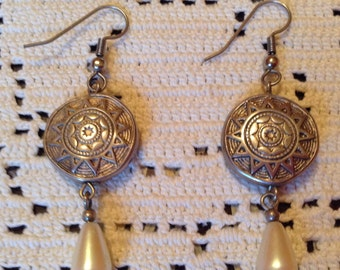 Drop Earrings With Sunburst Motif and Pearl-Toned Beads
