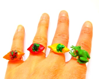 Ring Quadruple FROG FAMILY -- Multiple ring, miniature frogs by The Sausage