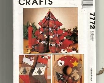 McCall's Christmas Decor Pattern 7772