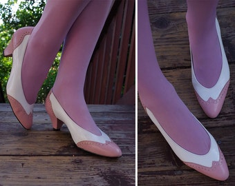 SPECTATOR 1970's 80's Vintage Light Pink & White Leather High Heels Pumps // size 8 N // by California MAGDESIANS