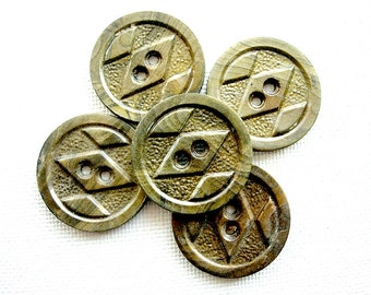 Five Neat Vintage Fancy Designed Celluloid Wafer Buttons