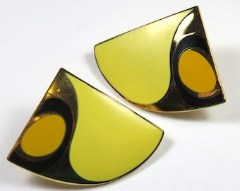 SJK Vintage -- Samuel Huang Modernist Shiny Gold and Yellow Enamel Pierced Earrings (1980's) -- Lotus Blossom