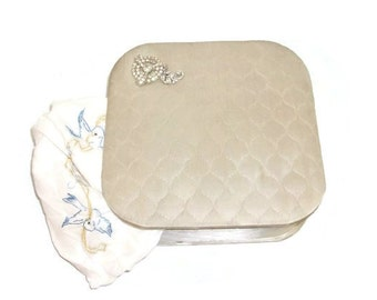 Vintage White Satin Quilted Hankie Box With Rhinestone Trim