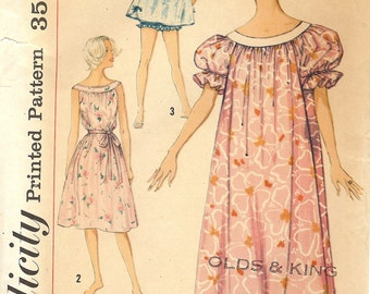 Vintage Sewing Pattern Simplicity Nightgown 2566