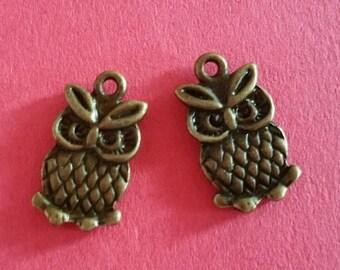 8pc 20x11mm antique bronze finish owl pendant-9938