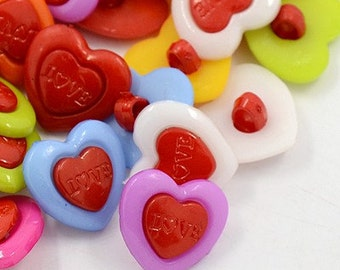 Buttons (B92) 10 Love Hearts Plastic Shank Buttons for Sewing Crochet Knitting Crafting Scrapbooks Kids Crafts