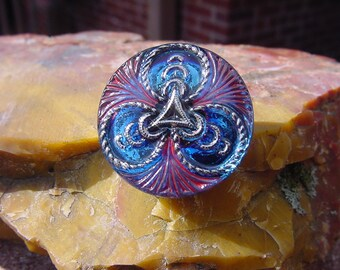 Royal Blue Silver Celtic Links Czech Glass Button