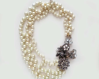 Wedding Statement Necklace, Pearl Bridal Necklace, Chunky Pearl Wedding Necklace Bridal Jewelry Cream Pearl Crystal Flower Golden Rhinestone