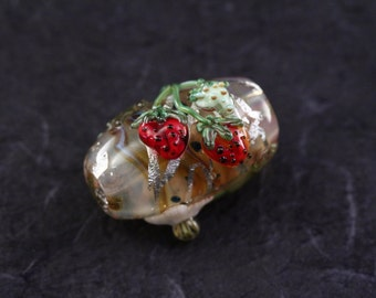 Leah Fairbanks Lampworked Glass Bead Strawberries