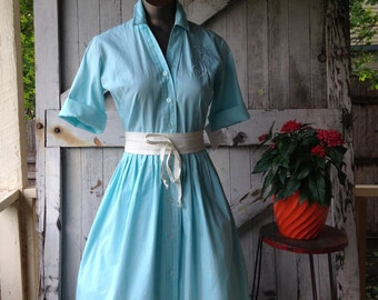1950s classic shirtwaist 50s aqua cotton day dress size small Vintage mad men dress with JSL initials