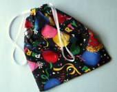 Balloons and Streamers Party Themed Cloth Drawstring Gift Bags