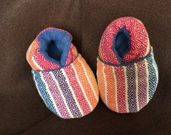 Wrap Scrap Crib/Infant shoes- Girasol Avalon Rainbow