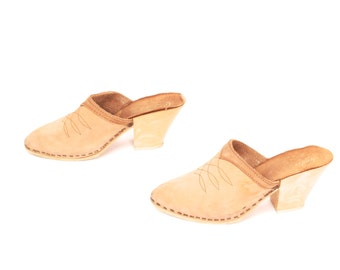 size 7 CANDIES tan leather 70s 80s CLOG marble resin MULES high heels