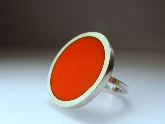 Statement Ring - Big Round Orange Resin Ring - Orange  Rings - One Inch Silver Ring - Sixties Pop Art Jewelry