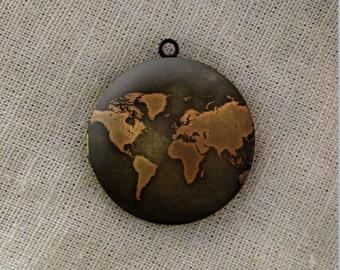 world map round antique bronze locket 32mm (LD145)