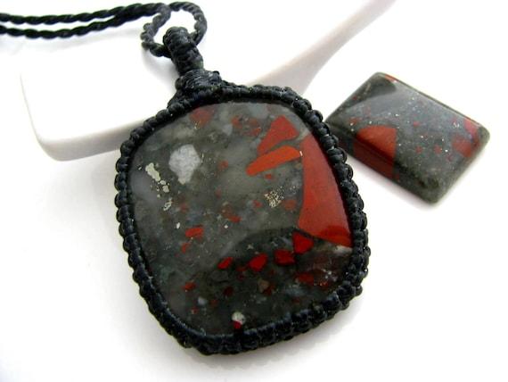 Bloodstone Necklace / Bloodstone jewelry / by ...   570 x 428 jpeg 30kB