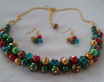 Carnival Color Burst and Gold Cluster Necklace and Complimentary Earrings