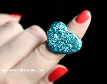 Teal Sky Blue Glitter Resin Ring, Modern Heart Shape - Handcast Resin Various Shades of Blue Ring - Cute gift for girl by isewcute