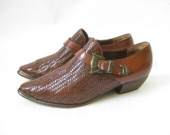 Vintage 80s Brown Woven Leather Ankle Cowboy Boots. Size 7  1/2