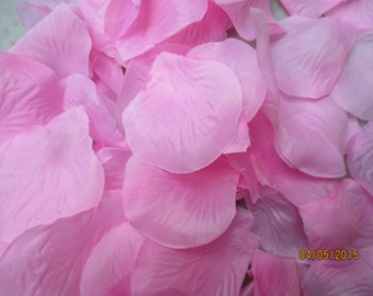 Wedding  Silk Rose Petals  400 Pack   Line Either Side of Aisle  Parties  Events