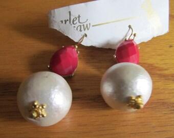 red tear drop air pearls
