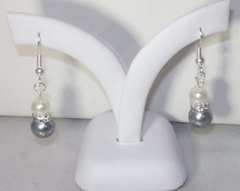Pearl Bridal Earrings - MADE TO ORDER in Any Color - Glass Pearls