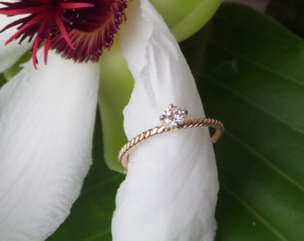 "Natural Diamond Engagement Ring,  18k Yellow Gold, Heart of Water ""Nur"" Design, Ready to Ship"