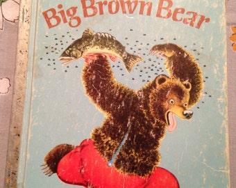 1975 BIG BROWN BEAR Vintage Little Golden Children's Book