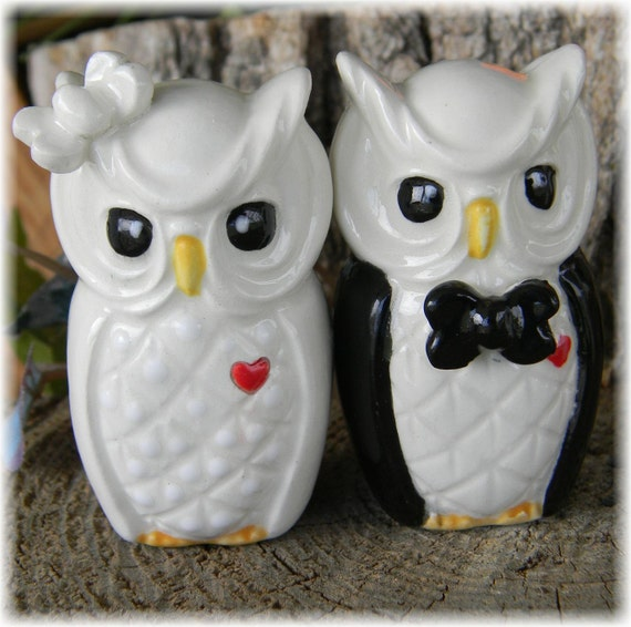 ceramic owl wedding cake toppers custom owl and groom ceramic by enchantdmushroomland 12489