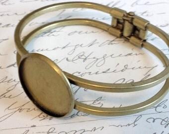 1 Inch Bronze Bangle Bracelet Blank Bezel / Cabochon Tray 25mm