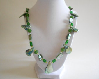 Green Necklace Shell Beads Necklace Mother of Pearl Green Glass Beads Green Shell Necklace Beaded Necklace Silver Tone Findings